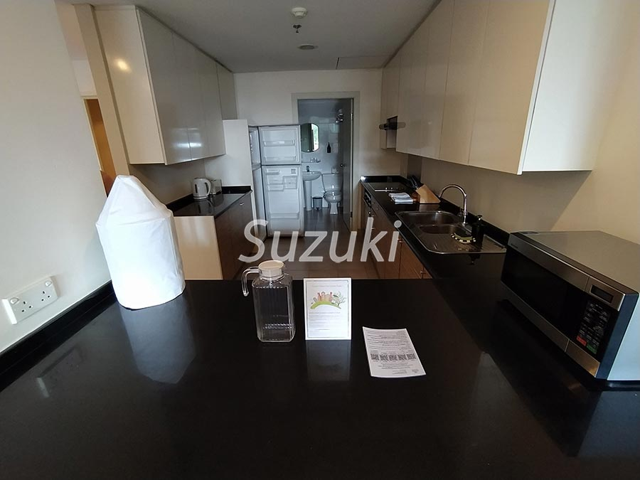SomersetChancellor cort 2bed 105 2700usd (2)